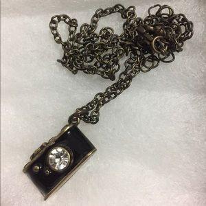 Jewelry - Camera necklace